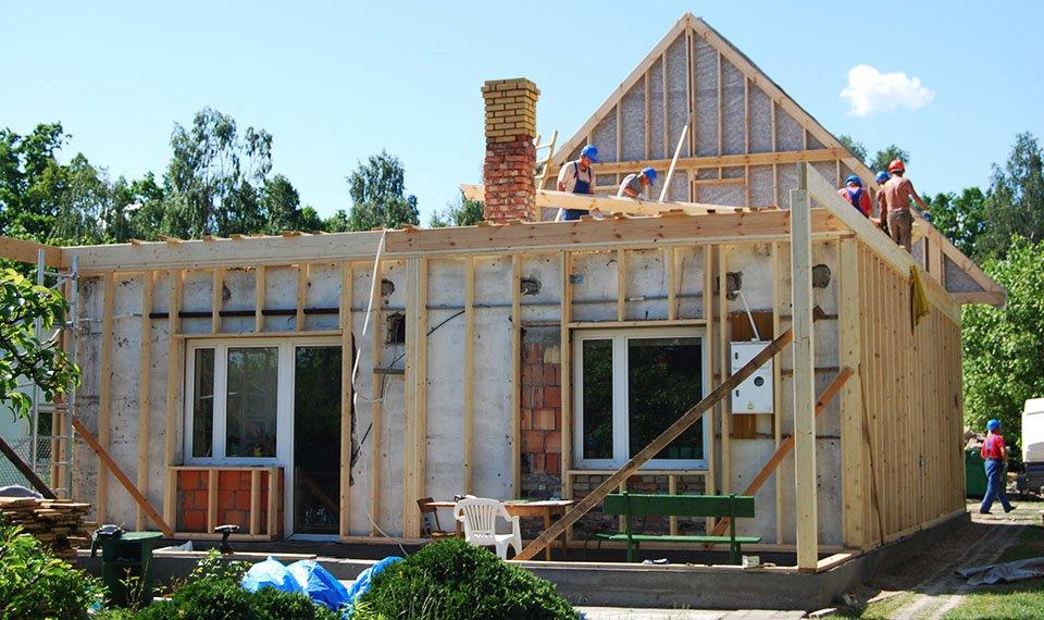 Realizacja projektu - rozbudowa widok od frontu (zdjęcia) wykonawca EFIN www.domyefin.pl