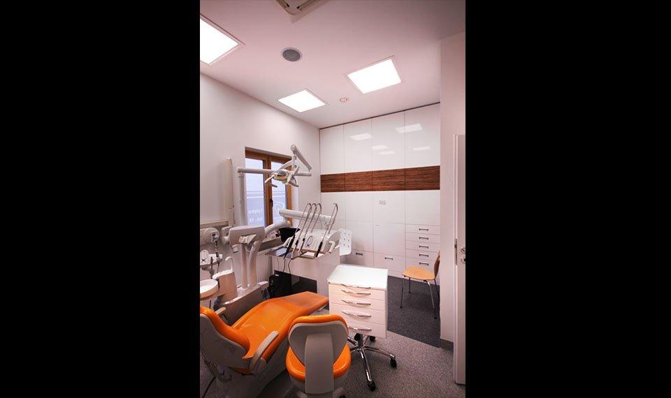 Projekt wnętrza gabinetu stomatologicznego - gabinet pojedyńczy widok 2 (zdjęcie)